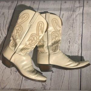 Vintage Lucchese Ivory Cowboy Boots
